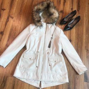 Jackets & Blazers - Jessica Simpson White Outerwear Jacket 🧥